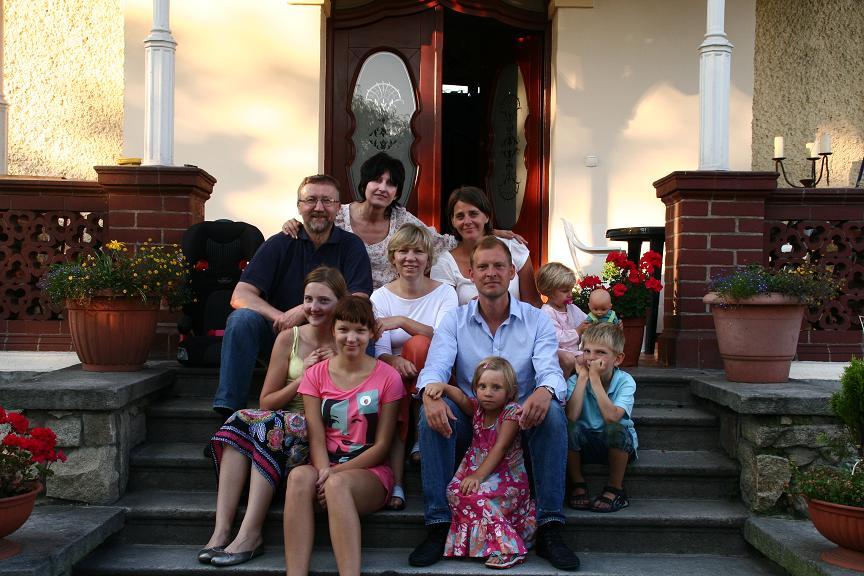 Polsko-szwedzko spotkanie Nysa 13 lipiec 2009 Ingrid, Gosia, Bożena, Marcin i Piotrek i dzieci Ola, Kasia, Olle, Elwira i Inez